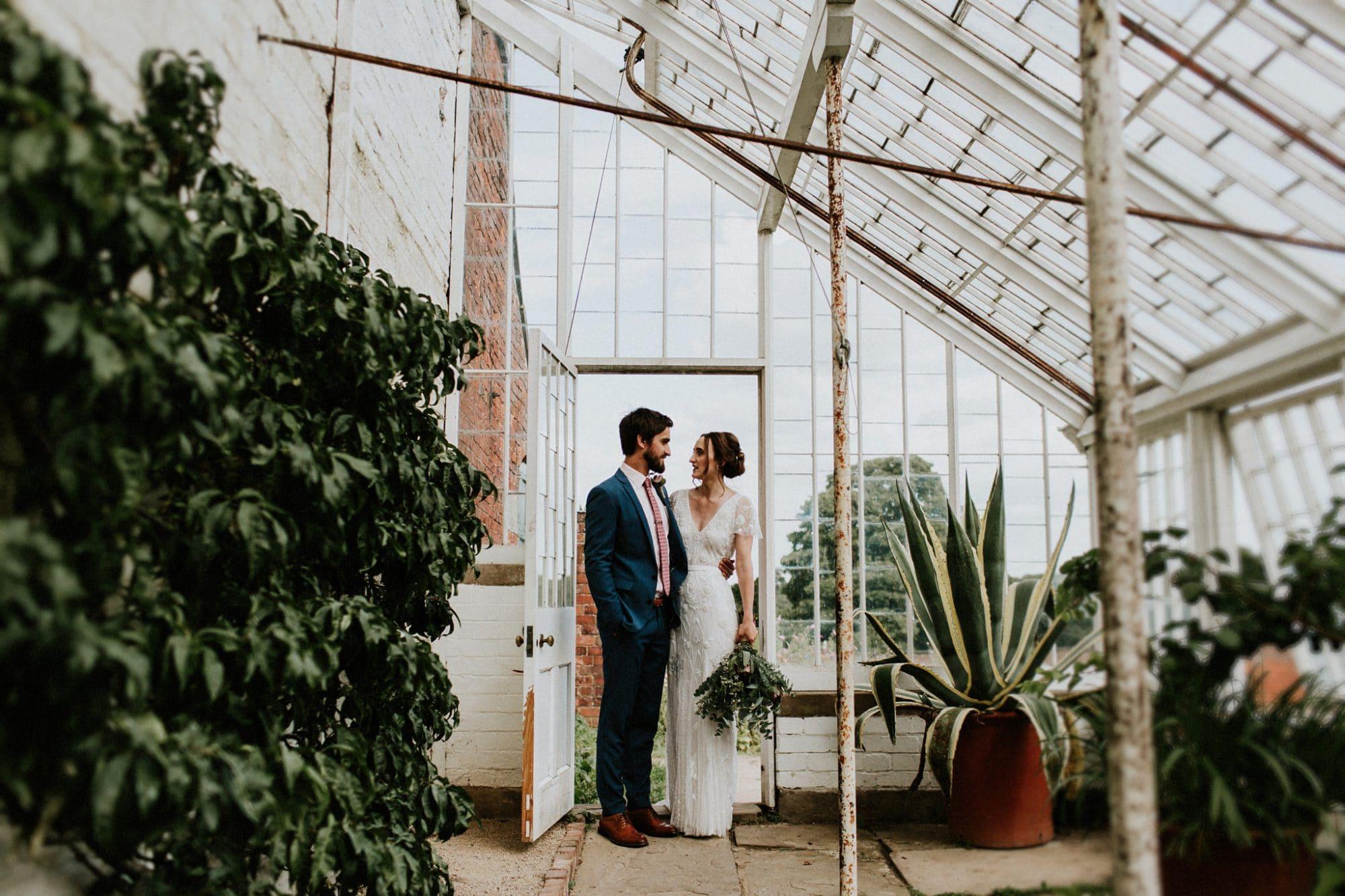 natural wedding photography at calke abbey wedding venue